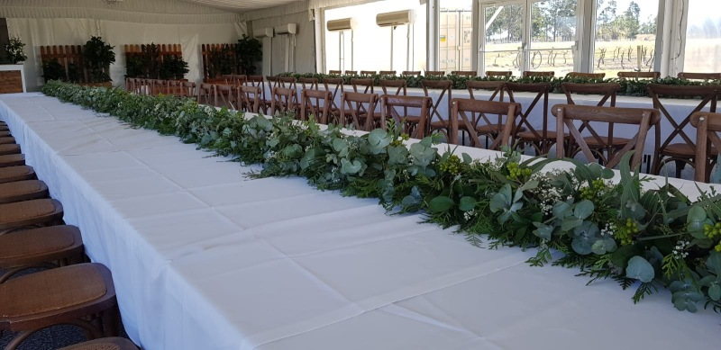 Table Garland - Petersons Champagne House