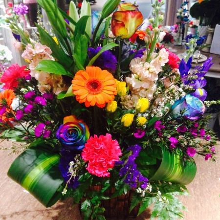 Rainbow Rose & Seasonal Flower Arrangements